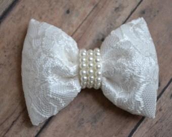 Wedding Hair Accessory - Wedding Hair Bow - Flower Girl Bow- Wedding Hair Bow - First Communion Hair Bow - Flower Girl Hair Accessories
