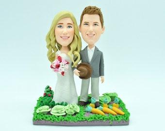Custom wedding cake topper, personalized cake topper, Bride and groom cake topper, Mr and Mrs cake topper Custom bobblehead