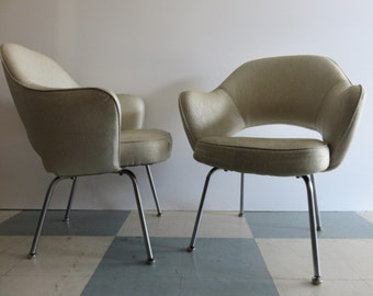 Pair Of Eero Saarinen Mid-Century Modern Executive Arm Chairs For Knoll.