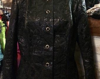 1990's patterned material evening jacket, with huge shoulder pads. Size L.