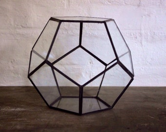 Dodecahedron glass terrarium