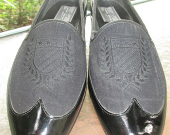 Vintage Giorgio Brutini embossed black fabric & patent leather formal tuxedo shoes excellent vtg condition Perfect for wedding formal affair