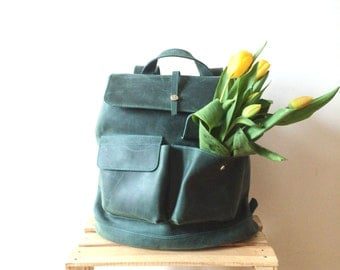 HandMade GREEN LEATHER BACKPACK  / Handcrafted cowhide leather Rucksack with two front pockets / Green Leather Bag