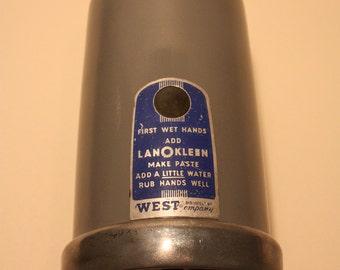 Vintage West Powder Soap Dispenser