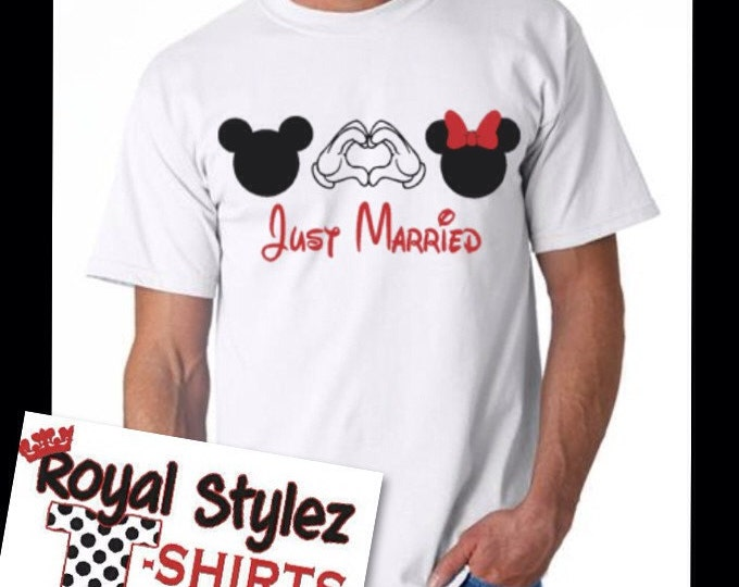 Just Married with hands tee
