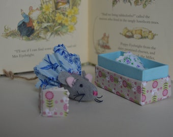 Children's Toy mouse in a box/Matchbox felt mouse with bedding and a teeny tiny book