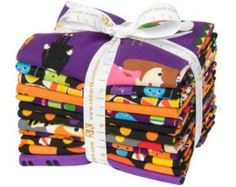 Pumpkin Fun 12 pc. Fat Quarter Bundle from Robert Kaufman Fabrics