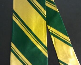 463.   Retro necktie