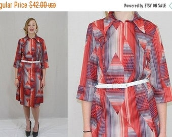 On Sale Vintage 60s MOD Red White Blue STRIPE Geometric ZIP Front Shift Boho Dress M L