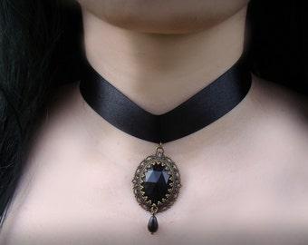 Gothic Aristocrat Choker / Black Satin Ribbon Choker / Gothic Lolita Victorian Jewelry / Black Pendant or Faux Pearl