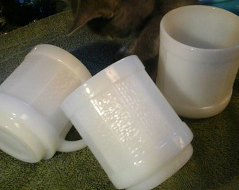 Fire King Anchor Hocking Stackable Vintage Milk Glass Coffee Cups Mugs D Handle Rare Set Of Three