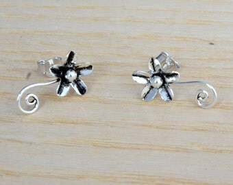 Oxidised Sterling Silver Flower and Vine Stud Earrings (gift packed) e1