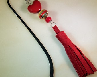 Red heart bookmark-J108