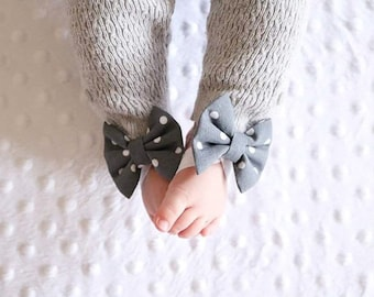 Grey polka dot bow barefoot sandals; Grey and white baby barefoot sandals; baby, toddler, or girl barefoot sandals