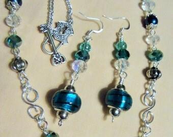 Aqua Crystal Beauty, 2 piece Jewelry set, Necklace and Earrings