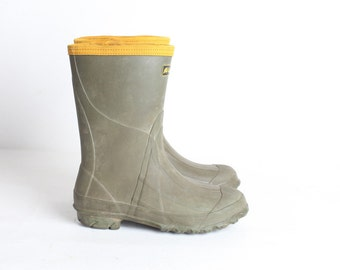 Vintage Youth Size 4 Green Rubber Boots