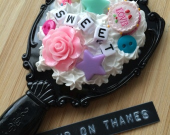 Decoden Hand Mirror and Comb