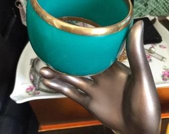 Vintage dark green chunky lucite bangle