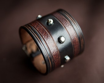 Black cuff leather bracelet - Strenght leather bracelet made by Bandit