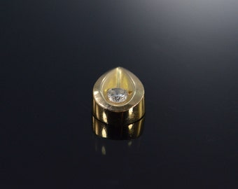 10K 0.12 CT Diamond Tear Drop Pendant Yellow Gold - EM634