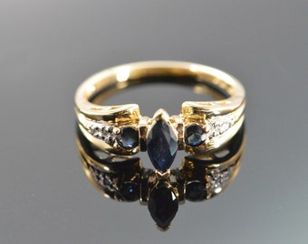 10K 0.52W Sapphire Diamond Ring - Size 7 / Yellow Gold - EL9926