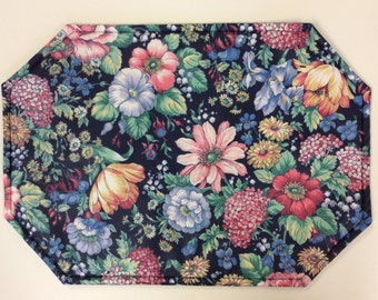 Set of 4 or 6 Placemats