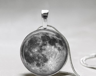 Moon Necklace - Full Moon jewelry - Galaxy Pendant -Space Necklace- Astronaut Pendant Gift - Astronomer Gift
