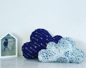 Duo de coussins nuages - 41 coloris de tissus et tailles au choix pour décorer une chambre de bébé