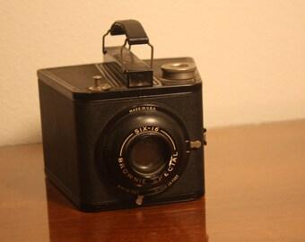 Kodak Brownie Special Six-16, Vintage Camera