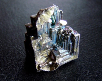 Natural Bizmuth Tower crystal 19,5 grams