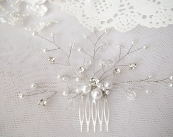 Bridal comb Ivory pearls hair piece Wedding hair accessories White pearls hair comb Rhinestone