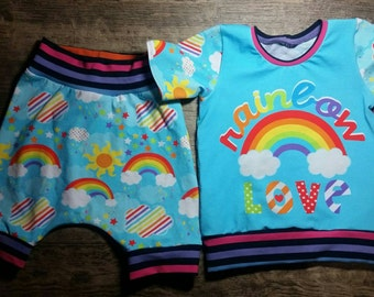Sizr 2t Rainbow love shirt and hipster shorts