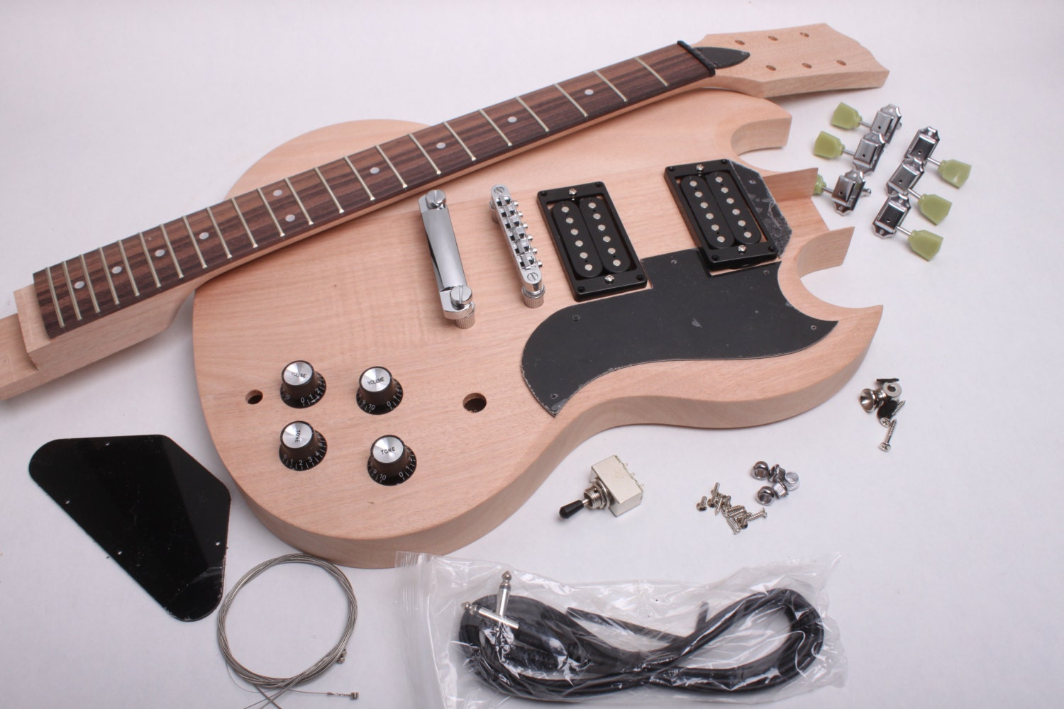 build your own electric guitar kit ess gee style by byoguitar. Black Bedroom Furniture Sets. Home Design Ideas