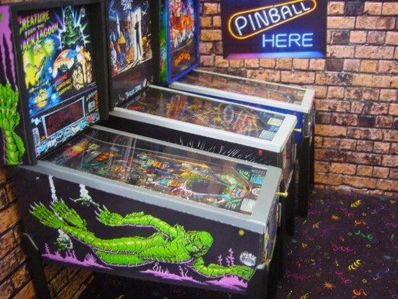 Creature from the black lagoon 1 6 scale pinball table model for 1 6 scale table