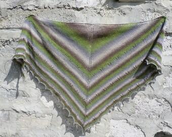 Wool  Shawl. Hand Knit Lace Shawl. Free Shipping. Knit triangular shawl. Ready to ship. Knitted Shawl
