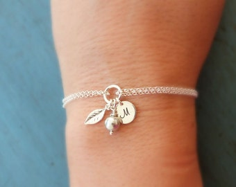 Wedding Bracelet  / Pearl Initial Leaf Bracelet / Bridesmaid Gift / Spring Bridemaid Jewelry / Bridal Jewelry, Wedding Jewelry