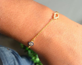 Hamsa Hand and Evil Eye Bracelet Sterling Silver , terling silver bracelet, evil eye bracelet, silver hand bracelet
