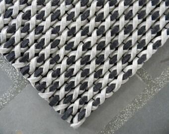VISTA wool rug