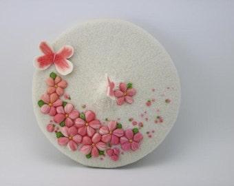 Wool beret with Needle felt sakura,Needle Felted hat pattern,fresh and romantic  beret