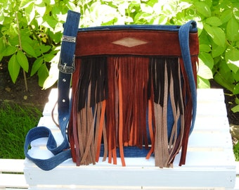 Shoulder bag made from recycled materials