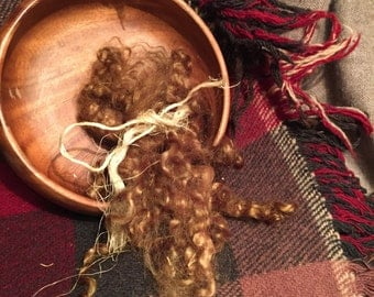 Brown (hand dyed) mohair locks per oz