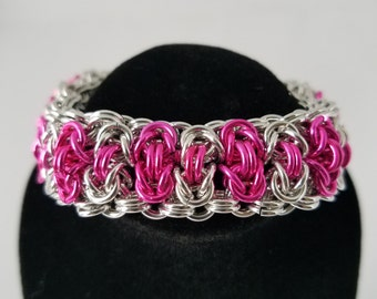 Chainmaille bracelet in the byzantine weave pattern - hot pink and silver