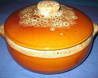 USA Pottery Covered Crock Casserole/Vintage Stoneware Bean Pot/Vintage USA Pottery