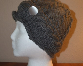 Womans Cable classic knit hat