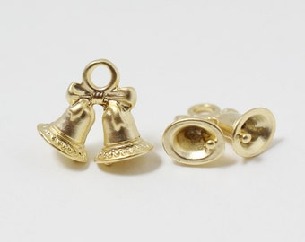P0440/Anti-tarnished Matte Gold Plating Over Pewter /Christmas Bell Pendant/11x12mm/2pcs