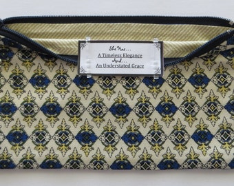 Persette #24 Personalized Zippered Organizing Pouch