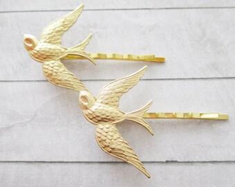 Bird hair clips Gold swallow Hair Pins Golden Sparrow bird Bobby Pins Raw Brass Wedding bobby pins Bridesmaids Bridal Gifts Hair Accessories