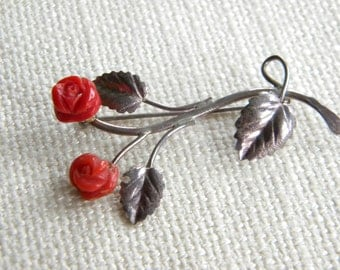 Beautiful vintage brooch ~ carved CORAL ~ roses ~ SILVER 925 ~   ~ in A1509