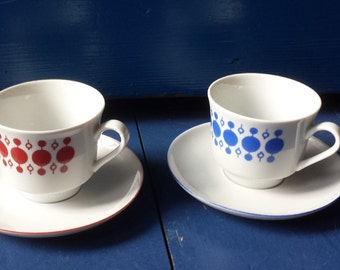 Kahla, East-Germany: two flashy space-age cups and saucers, sixties
