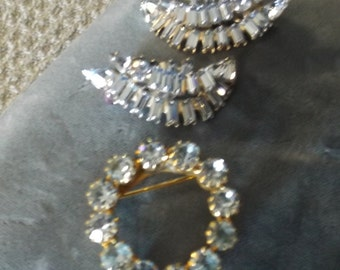 Rare Blue Rhinestone costume jewelery.Clip Earrings & Pin